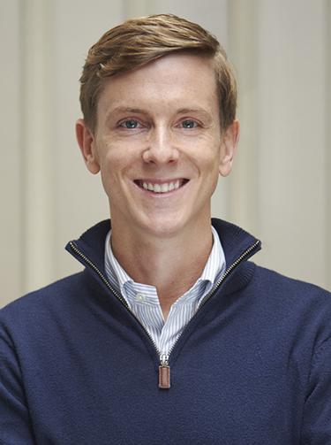 كريس هيوز أحد مؤسسي شركة فيسبوك والتي عمل بها خلال الفترة من 2002-2019