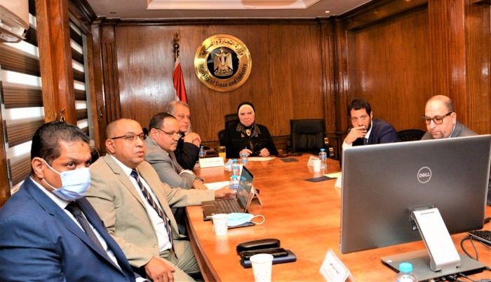 وزيرة التجارة والصناعة نيفين جامع تبحث مع ممثلى شركة أمازون العالمية خطط التوسع فى السوق المصرى يوم الأربعاء 30 سبتمبر 2020