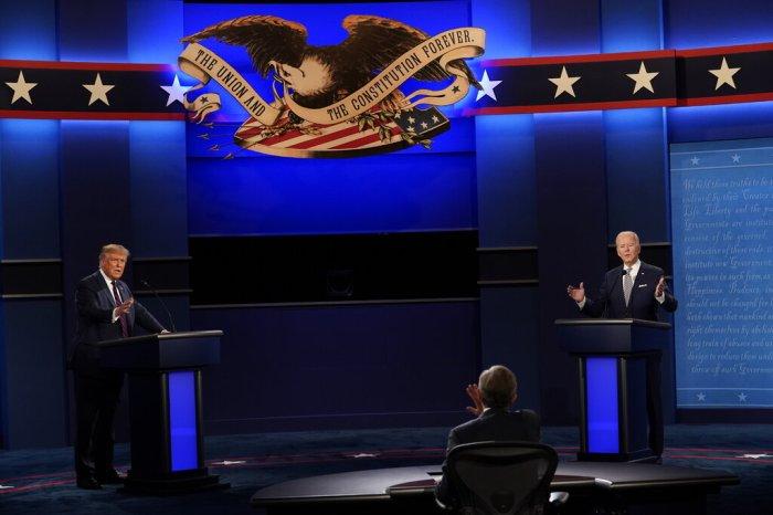 ترامب ونائب الرئيس السابق جو بايدن، المرشح الديمقراطي يوم الثلاثاء 29 سبتمبر في كليفلاند في أول مناظرة رئاسية