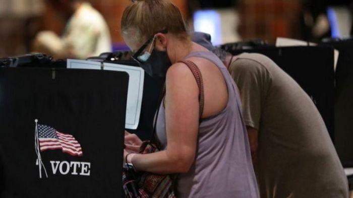 أكثر من 40 مليون أمريكي أدلوا بأصواتهم حتى الآن في التصويت المبكر بالانتخابات الرئاسية الأمريكية