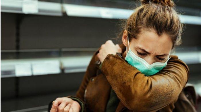 السعال من أعراض مرضي كورونا