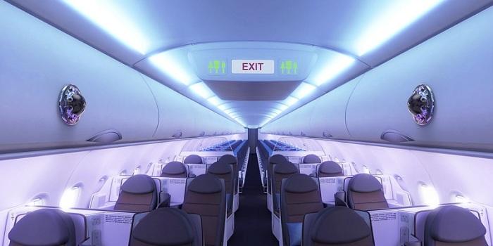 يمكن تركيب أجهزة استشعار الرائحة في مواقع متعددة، من المدخل مروراً بصالة الركاب في المطار إلى داخل الطائرة ذاتها