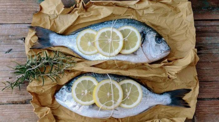 الطلب المتزايد على مكملات زيت السمك أدى إلى تراجع نسبة أحماض الأوميغا-3 في الأسماك التي نتناولها
