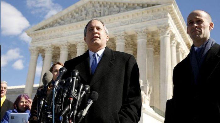 يقود المدعي العام في تكساس كين باكستون آخر دعوى قضائية ضد جوجل