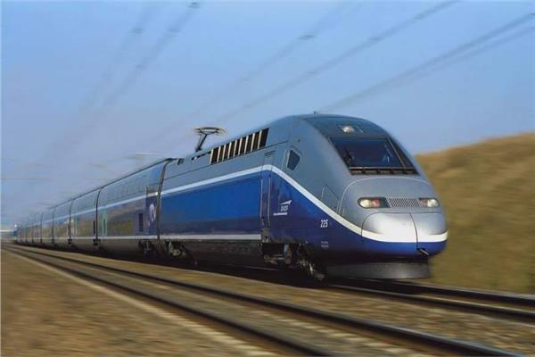 القطار السريع من العلمين الي العين السخنة