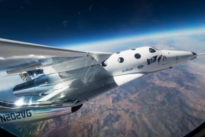 شركة فيرجن جالاكتيك ستبدأ رحلات السياحة الفضائية في عام 2021
