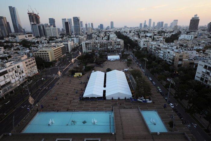 تم افتتاح مركز فحص وتلقيح جديد في ميدان رابين في تل أبيب من قبل مجلس المدينة ومركز سوراسكي الطبي.