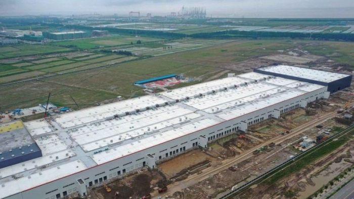 مصنع تسلا جديد قيد الإنشاء في شنغهاي عام 2019
