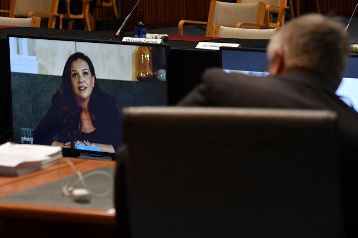 ظهرت ميلاني سيلفا ، المديرة الإدارية لـمكتب جوجل في استراليا ونيوزيلندا، عبر رابط فيديو خلال تحقيق مجلس الشيوخ الأسترالي يوم الجمعة 22 يناير 2021