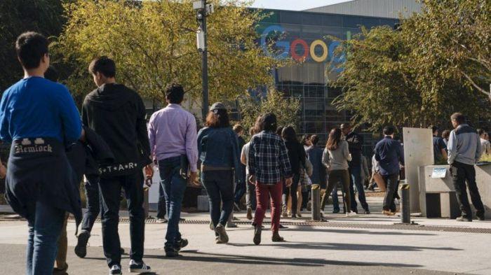 موظفو جوجل نظموا اعتصاما عام 2018 بسبب تعامل الشركة مع مزاعم حول إساءة السلوك الجنسي