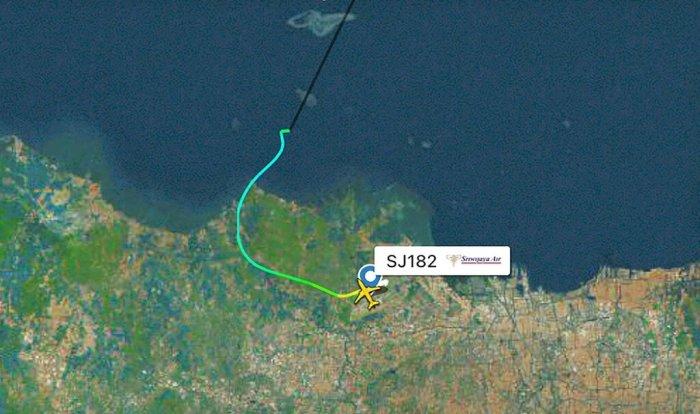 أظهرت صورة الرادار مسار رحلة طيران سريويجايا رقم 182 قبل فقدان الاتصال يوم السبت 9 يناير 2021