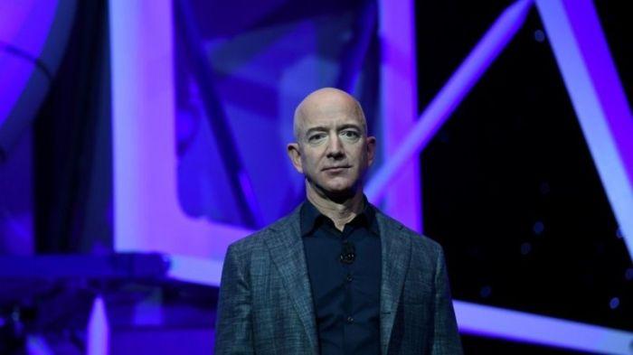 احتل جيف بيزوس المرتبة الأولى في قائمة أُثرياء العالم منذ 2017