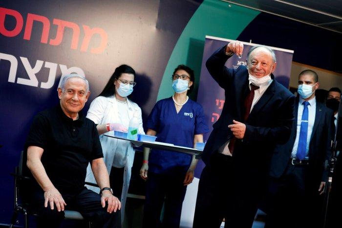 رئيس الوزراء الإسرائيلي نيتنياهو هو أول إسرائيلي يتم تطعيمه ضد فيروس كورونا
