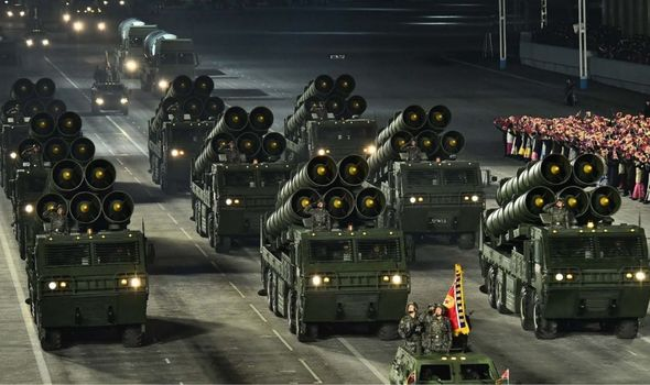أطلقت كوريا الشمالية مجموعة من الصواريخ الإخبارية