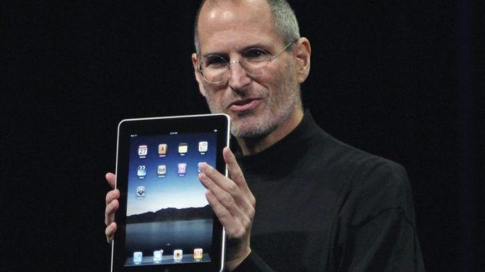 وجه ستيف جوبز رئيس شركة أبل انتقادات لاذعة إلى برنامج فلاش