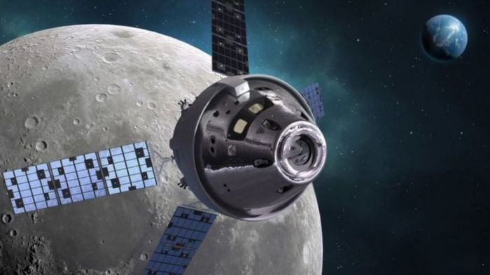 المركبة أوريون التي ستنقل رواد الفضاء من نظام الإقلاع الفضائي إلى سطح القمر