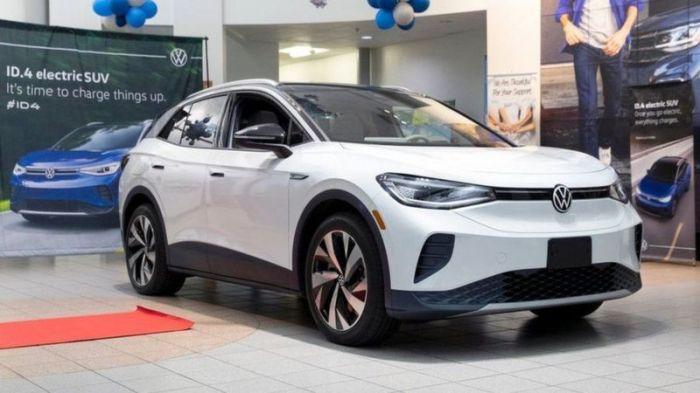 فولكس فاجن أعلنت في بيان كاذب تغيير اسمها إلى فولتس فاجن للترويج لسياراتها الكهربائية في الولايات المتحدة