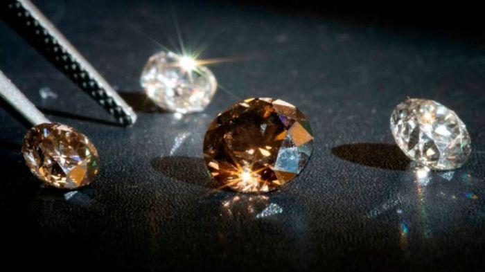 تزداد شعبية الماس المصنع في المختبر، مثل ذلك الذي تنتجه الشركة الفرنسية Diam-Concept