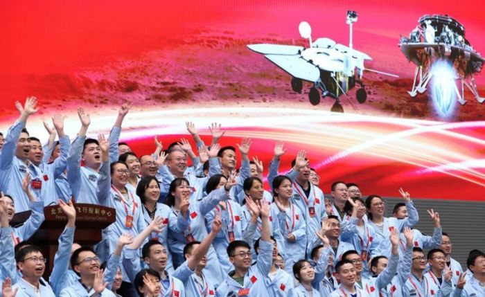 تلقى فريق البعثة رسالة تهنئة من الرئيس الصيني