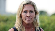 مارجوري تيلور غرين منتقدة مفوهة للقاحات واستخدام الكمامة.