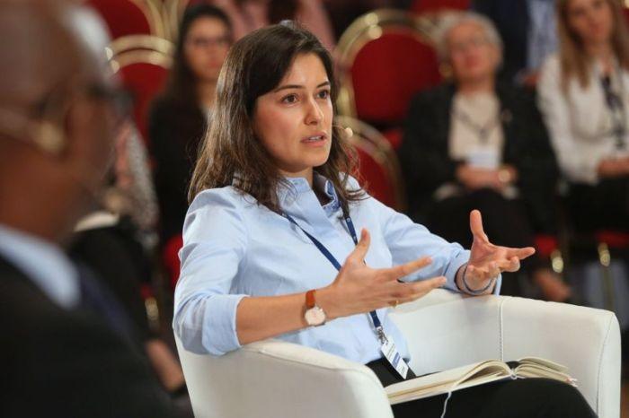 الصحفية الأذرية