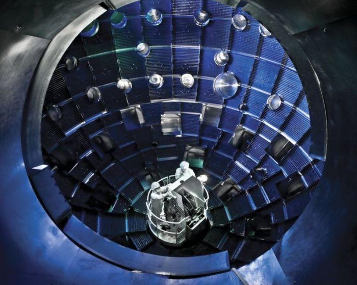 داخل وحدة الاندماج النووي